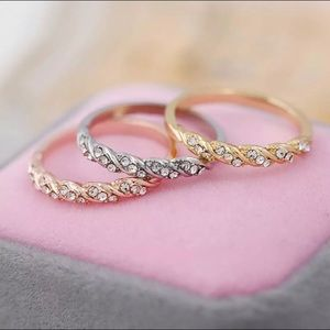 Jewelry - Rose Gold Tone Clear Crystals Twist Ring